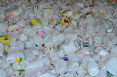 Garrafas plásticas para reciclar Fotografia de Stock