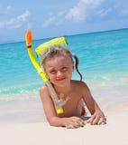 łgarski dziewczyny seacoast Zdjęcie Royalty Free