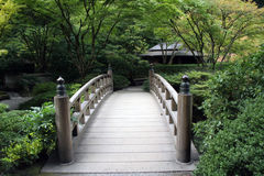 Garten-Brücke Lizenzfreie Stockfotos