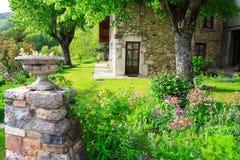 Garten an der Frühlingsjahreszeit Stockfoto