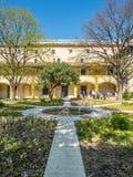 Garten des Krankenhauses in Arles, Frankreich stockfotografie