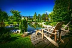 Garten-Hinterhof-Teich Stockbild