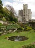 Garten im Windsor Schloss. Edward-Kontrollturm stockfotos