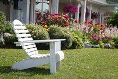 Garten-Mond-Stuhl Lizenzfreie Stockbilder
