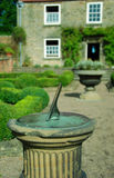 Garten Sundial Lizenzfreie Stockfotografie
