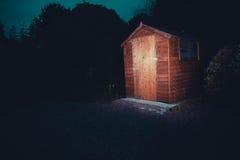 Garten verschüttet nachts Lizenzfreie Stockbilder