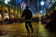 Garten-Zirkusausführender Londons Covent nachts vom niedrigen Stand Stockbilder