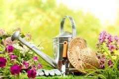 Gartenarbeit lizenzfreie stockfotografie