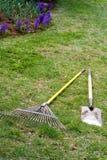 Gartenarbeit-Hilfsmittel Stockfotografie
