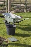 Gartenarbeitwerkzeuge lizenzfreies stockbild