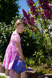 Gartenmädchen lizenzfreie stockfotos
