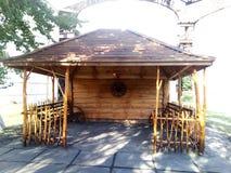 Gartenmöbel in der alten ukrainischen Art Stockfotografie