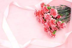Gartennelkeblumenstrauß lizenzfreie stockfotografie