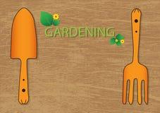 Gartenwerkzeuge auf hölzernem Beschaffenheitszusammenfassungshintergrund lizenzfreie stockfotografie