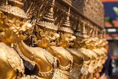 Garuda d'or de Wat Phra Kaew à Bangkok, Thaïlande Photos libres de droits