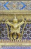 Garuda de oro imágenes de archivo libres de regalías