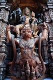 Garuda drewniany cyzelowanie Zdjęcie Royalty Free