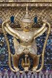 Garuda in grande palazzo Fotografia Stock Libera da Diritti