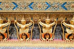 Garuda Sculture del tempio Wat Phra Kaew Fotografia Stock Libera da Diritti