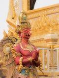 Garuda Statue rouge sur le crématorium royal pour S.M. King Bhumibol image stock