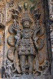 Garuda, Vishnu u. Lakshmi Hoysalesvara-Tempel, Halebid, Karnataka Lizenzfreie Stockbilder