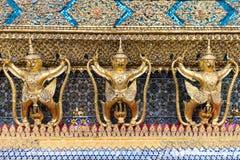Garudas in Wat Phra Kaew of Groot Paleis, Bangkok royalty-vrije stock foto