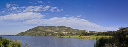 Gary Player Country Club Golf Course, Sun City. Over the lake, from the 17th tee Stock Photo