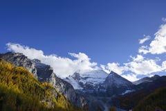 Garze-Landschaft Daocheng Aden Lizenzfreie Stockfotos