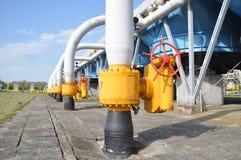 gas de sequía, industria, tecnología, gas, bomba, golpecito; ventel; válvula Foto de archivo