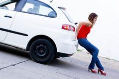 gas dell'automobile fuori Fotografia Stock Libera da Diritti
