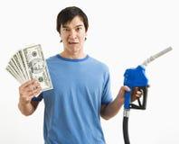 gas man money nozzle Στοκ φωτογραφίες με δικαίωμα ελεύθερης χρήσης