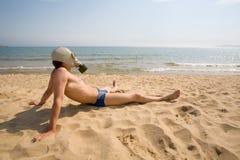 Gas mask.man.sea. Imagen de archivo libre de regalías