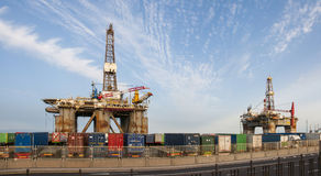 Gas och oljeplattformplattform i porten av Tenerife Royaltyfri Foto