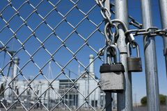 Free Gas Power Plant Behind Locked Gate Royalty Free Stock Photo - 178111835