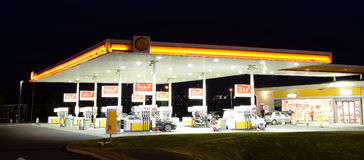 Free Gas Station Stock Images - 54896534