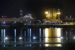 Gas- und Öltanker, Lng, angekoppelt stockfoto