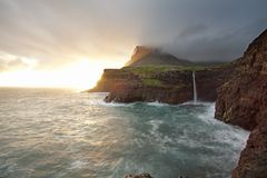 Gasadalur Faroe Island, VÃ-¡ gar Arkivfoto