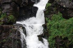 Gasadalur vattenfall i den Vagar ön på Faroeen Island Fotografering för Bildbyråer