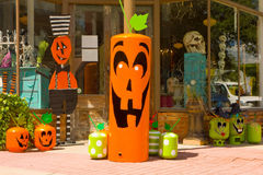 Gasbehållare som dekoreras för halloween Arkivbilder