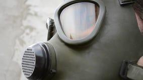 Gasmaskexponeringsglasreflexioner lager videofilmer