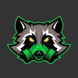 Gasmasktvättbjörnmaskot, sport eller emblem för esportstvättbjörnlogo fotografering för bildbyråer