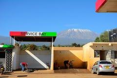 Gasolin station, Kenya Arkivfoto