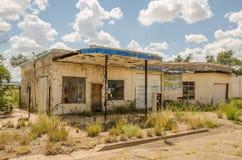 Gasolinera descuidada Foto de archivo libre de regalías