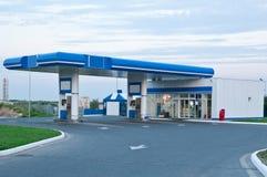 Gasolinera en el día sin los coches Imagen de archivo libre de regalías