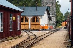 Gasolinera vieja del ferrocarril fotografía de archivo