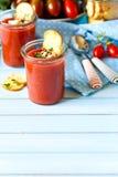 Gaspacho frais de soupe à NO--cuisinier Photos stock