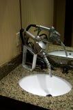 Gaspumpendüse als Wasserhahn Stockfotografie