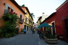 Gasse in Cuernavaca lizenzfreies stockbild