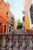 Gasse der Stadt von Guanajuato stockbild