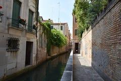 Gassen von Venedig Lizenzfreie Stockbilder